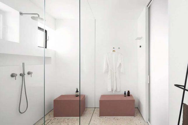 terrazzovloer moderne badkamer