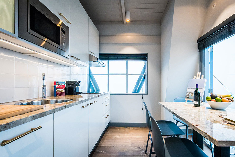 The Yays - Crane Apartment in Amsterdam