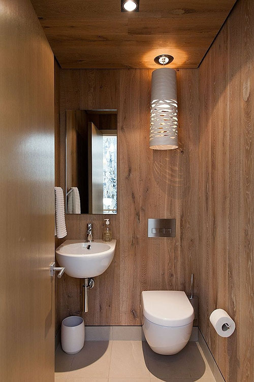 Toilet met houten wanden interieur inrichting for Small toilet room design
