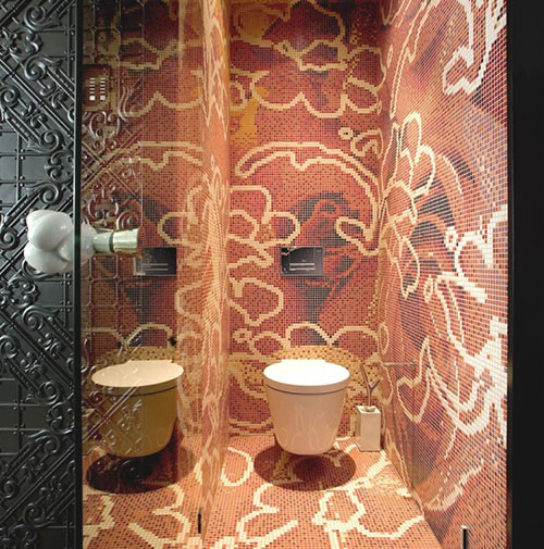 Toilet met moza ek tegels kunstwerk interieur inrichting - Wc mozaiek ...