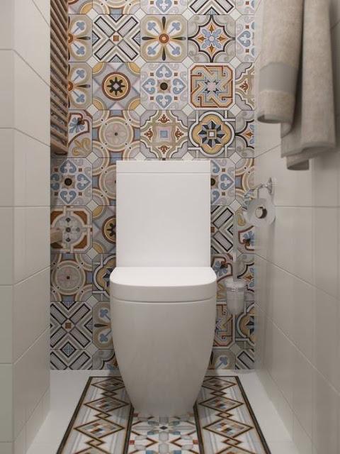 toiletontwerp met een mediterraanse sfeer