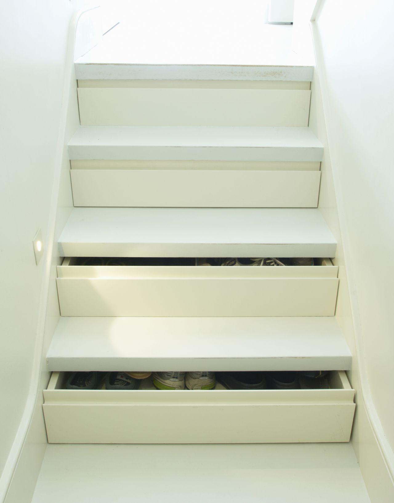 trapkast schoenenkast traptreden