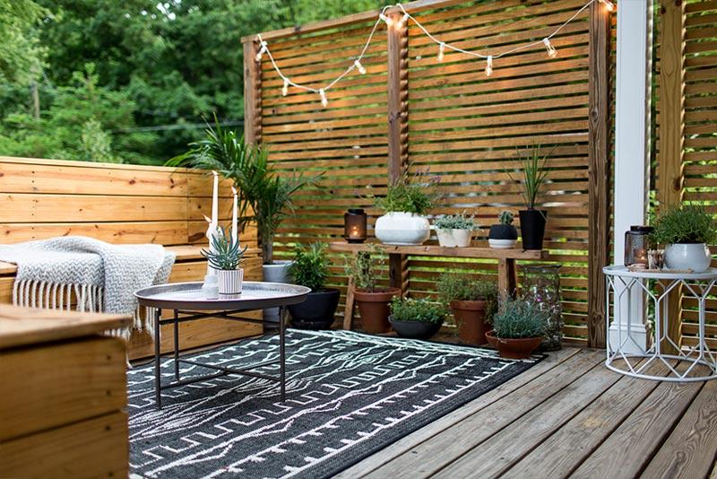 Tuin ideeën planten op bankje