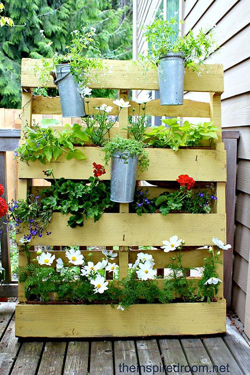 Tuinmeubelen van houten pallets interieur inrichting - Kleine tuin zen buiten ...