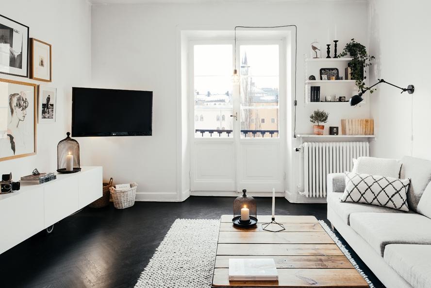 TV in de hoek ophangen met beugel