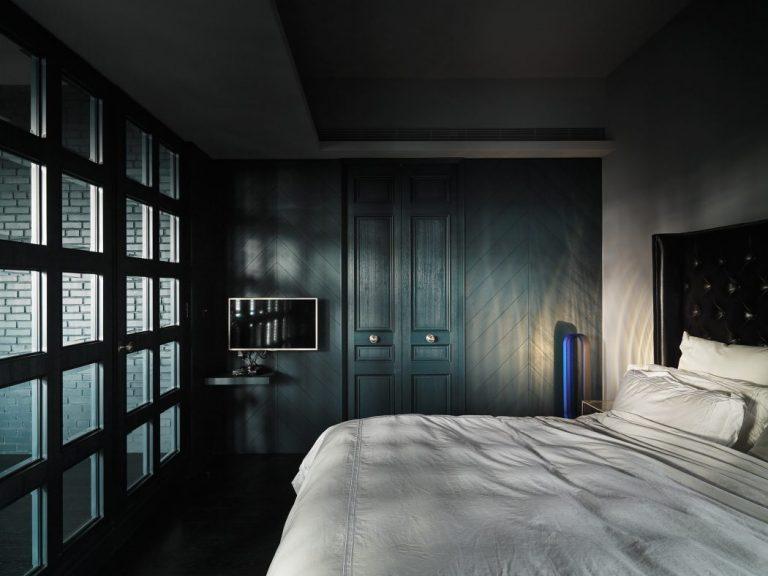 TV rechts slaapkamer muur