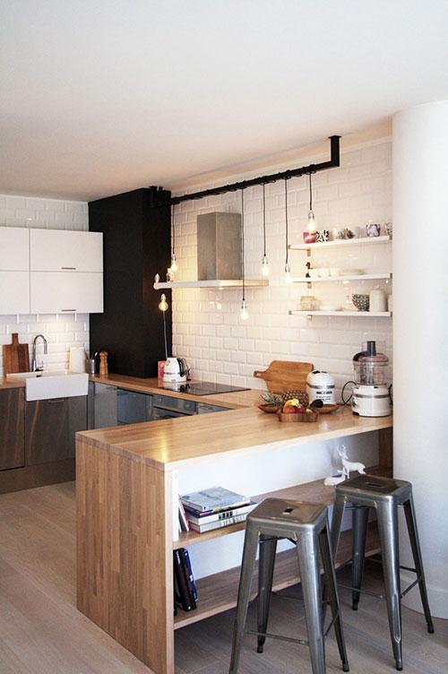 U-vormige open keuken