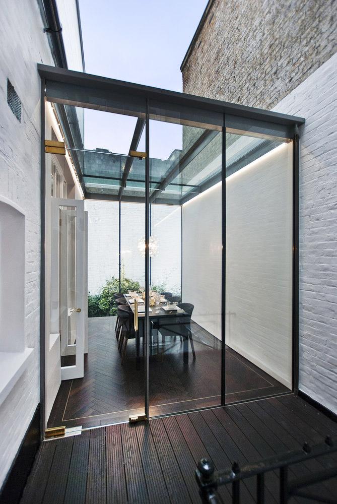 Huizen overgoten met zonlichtinterieur inrichting for Interieur huizen