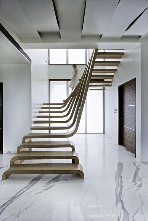 Unieke houten trap