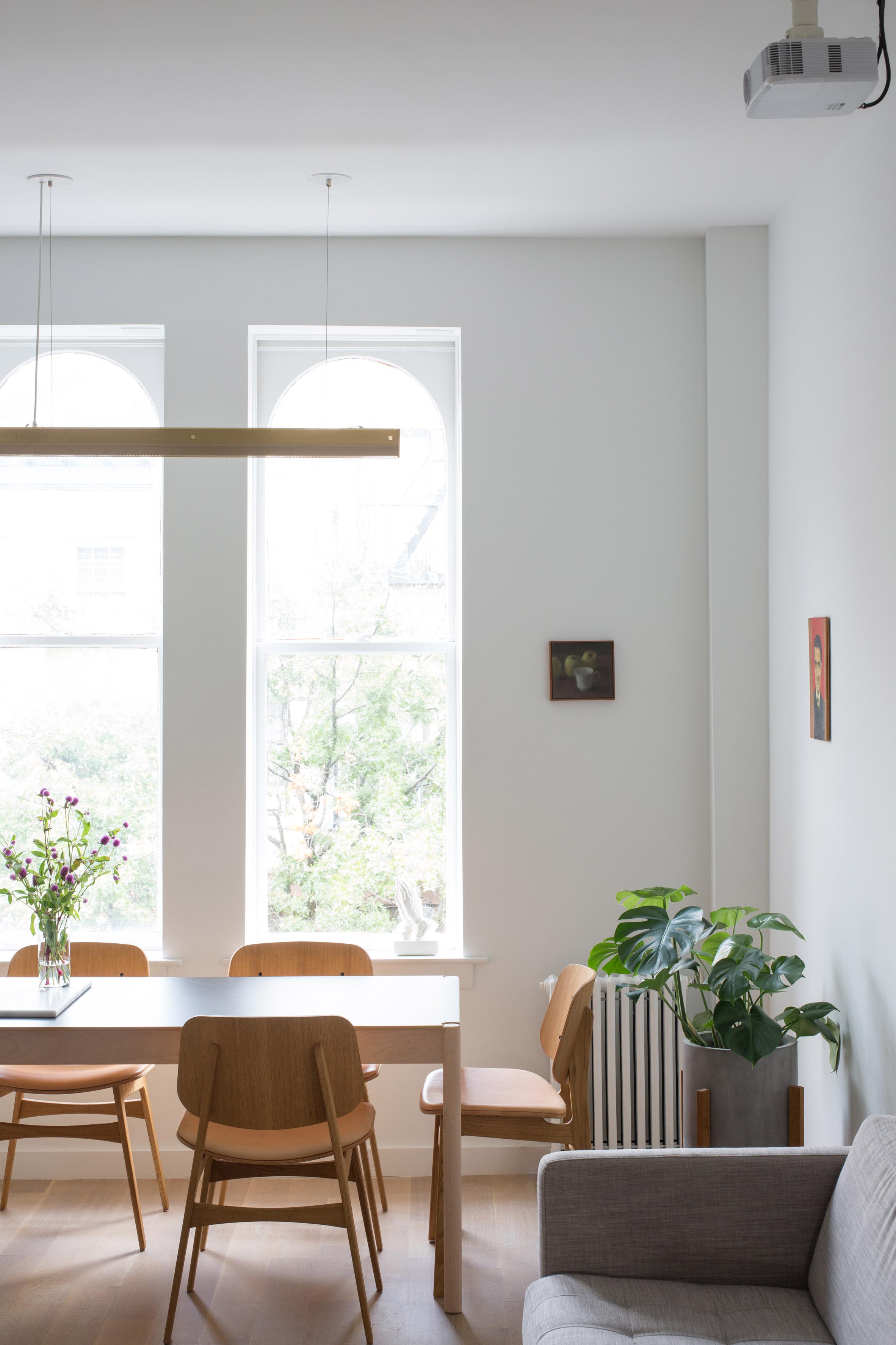Van donker, smal en lang tot een super fijn, ruimtelijk en licht appartement!