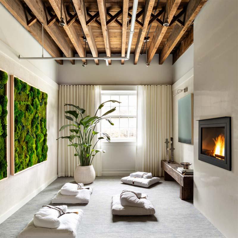 vierkante verticale tuin meditatieruimte