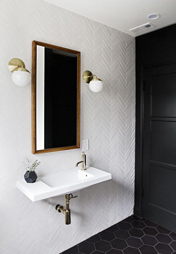 visgraat-badkamer-muur