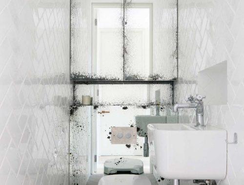 Visgraat tegels in toilet