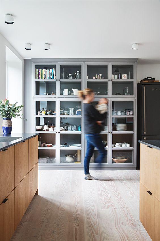 Vitrinekast in de keuken