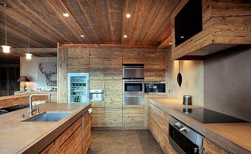Gezellige design keuken - Houten chalet interieur ...