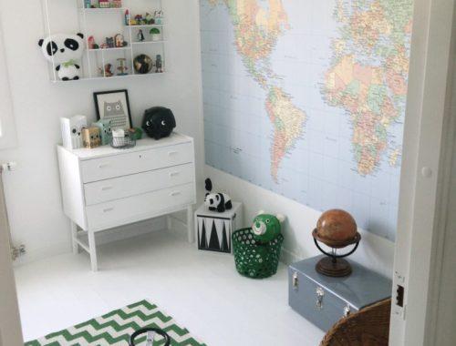 Wereldkaart als muurdecoratie in kinderkamer