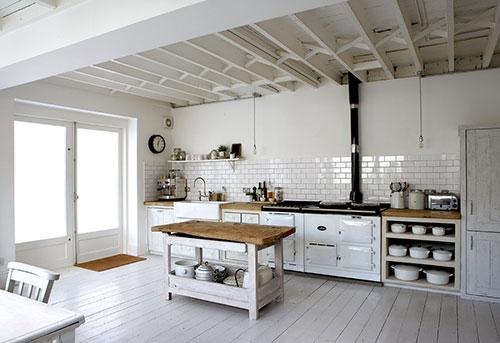Witte Keuken Sfeer : Witte keukeninterieur inrichting interieur inrichting