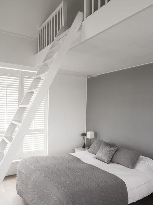 witte-ladder-slaapkamer-entresol