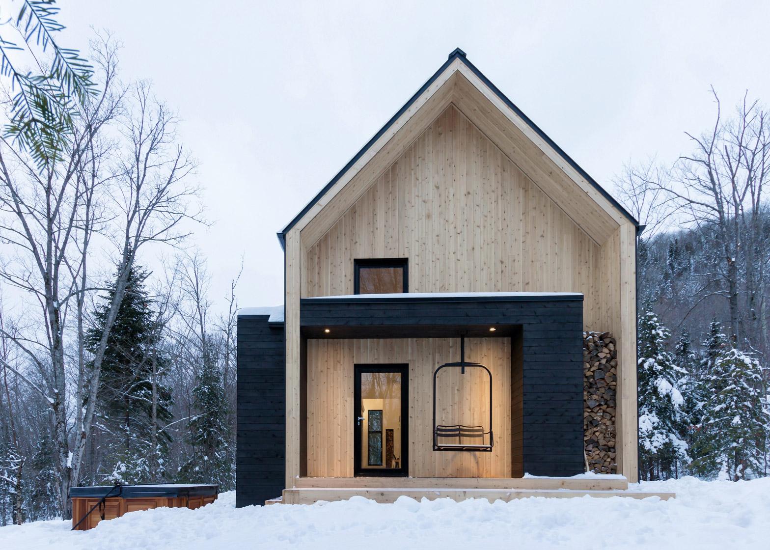Wonen in een houten chalet interieur inrichting - Houten chalet interieur ...