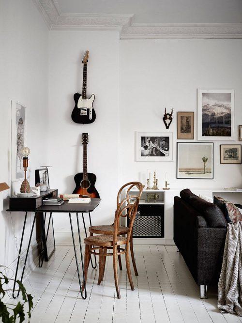 woonkamer ideeën gitaar wanddecoratie