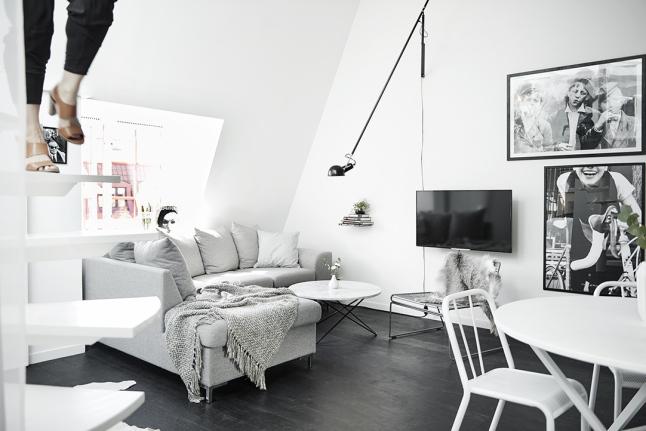 Zwart witte Scandinavische woonkamer