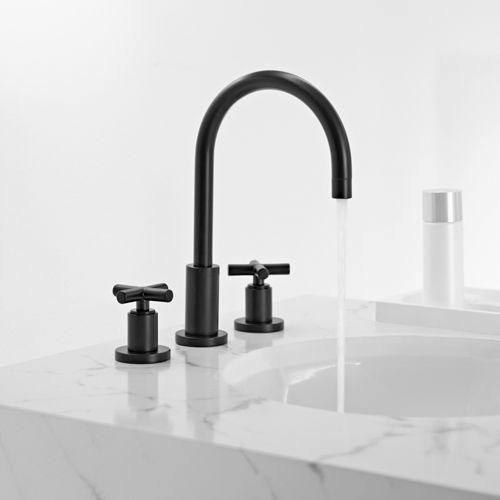 Zwarte kraan voor badkamer interieur inrichting for Badkamer kraan