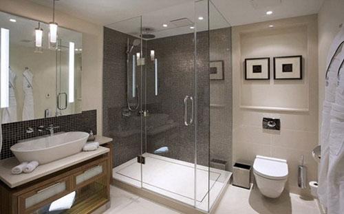 Zwevend toilet in badkamer | Interieur inrichting